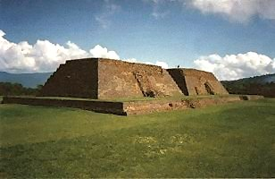 Ihuatzio: Side view of structures number 1 and 2