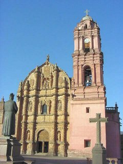Tlalpujahua: Barroque Church, XVIII century